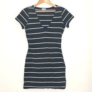 Tobi bodycon dress stripe black white size small